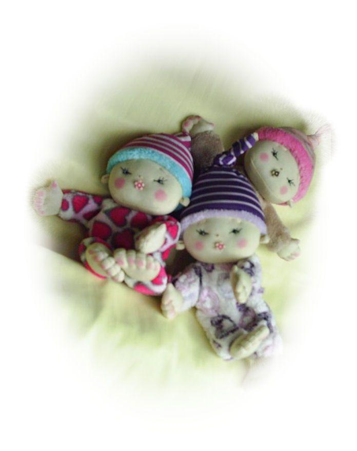csecsemő babák