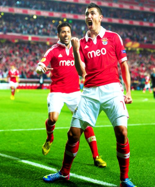 Cardozo and Garay. SL Benfica