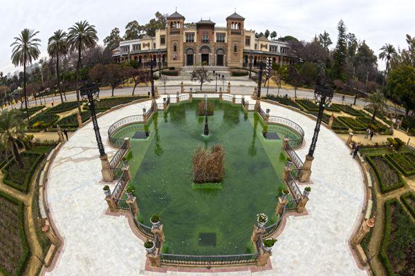 Pabellón Mudéjar, Sevilla by Patryk Muntowski, via Behance
