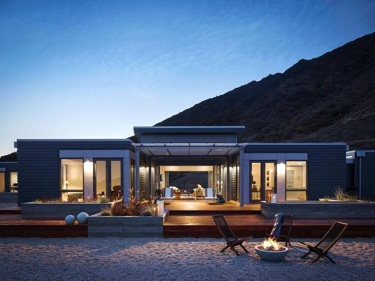 This is really what I want! Blu Homes Breezehouse on the beach!