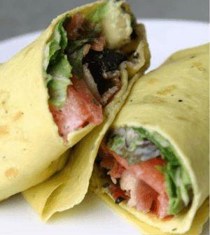 Gegrilde kip pesto Wraps. Heerlijke wraps met kip en pesto. Wil je gezonde wraps? Maak ze gewoon zelf met dit geweldige recept. #wraps #kip #pesto