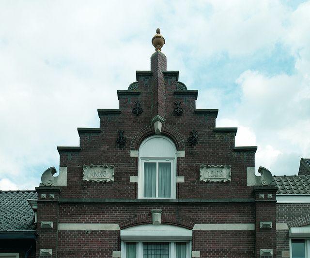 Tilburgseweg 19 Goirle by Stichting Steengoed Goirle, via Flickr