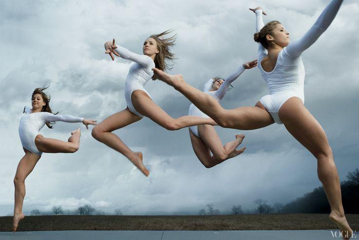Beijing 2008 gymnasts Shawn Johnson, Nastia Liukin, Chellsie Memmel, and Alicia Sacramone