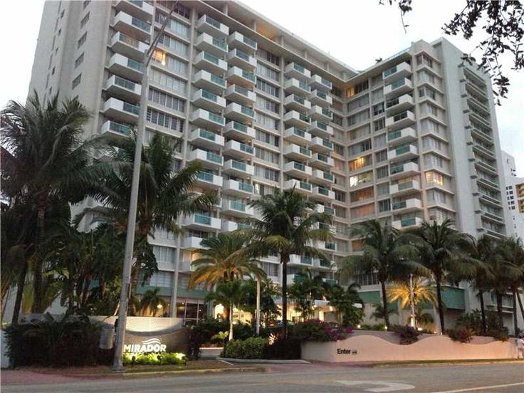 The Mirador condo complex is one of South Beach's most popular and best-located. The two towers of Mirador sit directly on Biscayne Bay, with breathtaking views and stunning sunsets.
