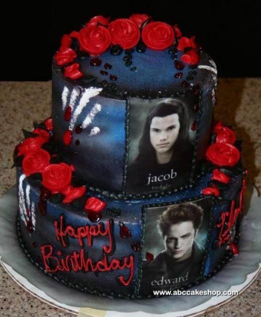 Twilight Teen Birthday Cake   abccakeshop.com