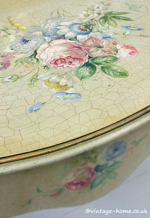 Vintage Home   Beautiful Hand Painted Antique Floral Desk. 465 best Italian   Hand Painted Furniture images on Pinterest