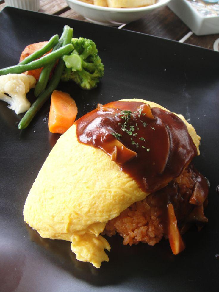 The Rin Okumura special! omelet rice オムライス