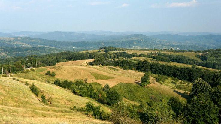 Tură cu bicicleta pe valea Bâscii, via Chiojdu şi Vălenii de Munte | Jurnal de Hoinar