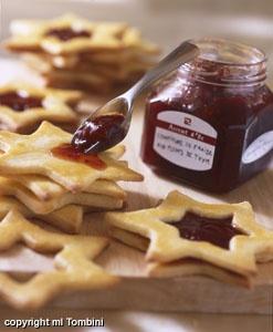 Sablés à la confiture (Noël) - les meilleures recettes de cuisine d'Ôdélices