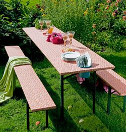 #DIY Garden table, a few adjustments and your table is summerproof! - #101woonideeen.nl - Dutch interior & crafts magazine