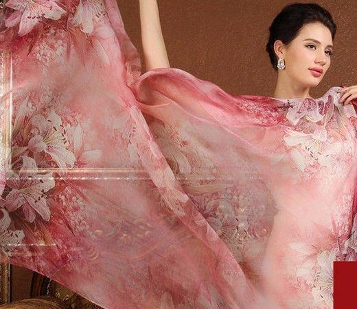 Luxusný veľký hodvábny šál v svetlo červenej farbe