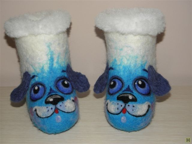 """Валеночки """"голубые щенки"""" купить недорого в интернет магазине товаров ручной работы  HandClub.ru  товар для примера.Изготовлю под  заказ.Теплые, мягкие валеночки для малышей. Ручная работа."""