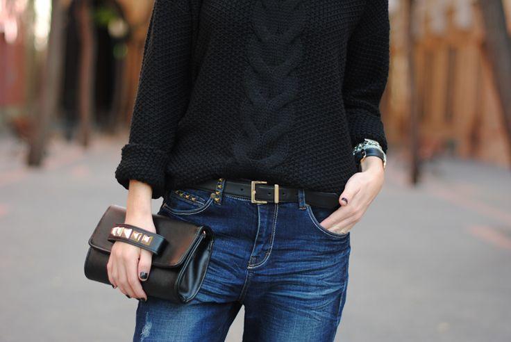 Fashionvibe » Zina Charkoplia Fashion Blog » Velvet, Black & Blue