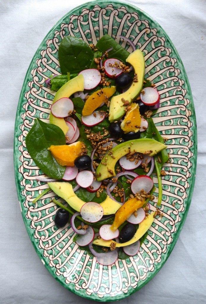 skinny vegan salade met sinaasappel tahin dressing