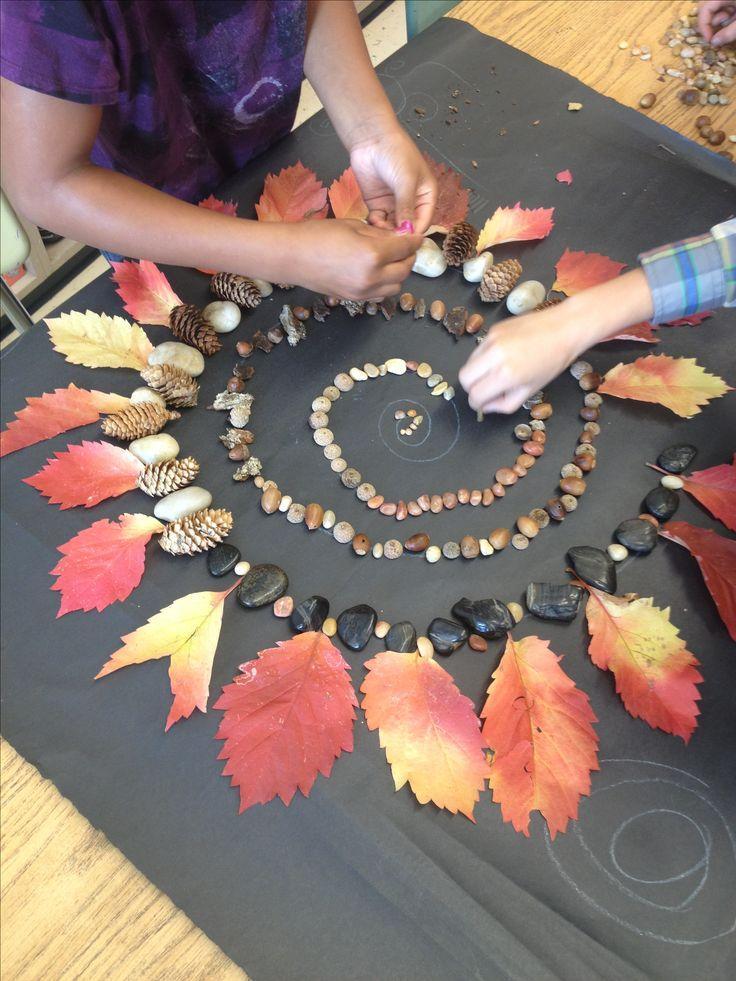 Mandala et spirale d'automne