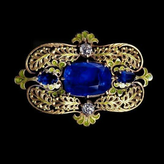 Tiffany's Art Nouveau sapphire enamel brooch in the Faerber Collection!! #antiquejewelry #brooch #sapphire #arthistory #tiffanyandco #designerjewelry @sundayandsundayantiques