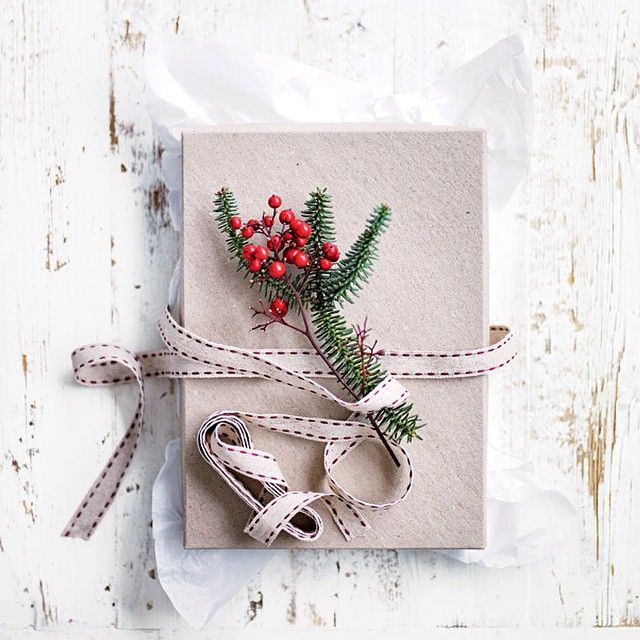 I'll be on Sunrise tomorrow morning, showing you how to make cute edible gifts for Christmas. Tune in to Channel 7 at 8.50am. Enjoy! Dx