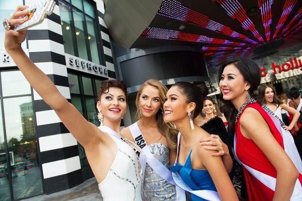 Conozca a las concursantes del Miss Universo 2015. Visite nuestra página y sea parte de nuestra conversación: http://www.namnewsnetwork.org/v3/spanish/index.php  #nnn #bernama #malasia #miss #universe #missuniverse #missuniverso #usa #lasvegas #vegas #india #tailandia #eeuu