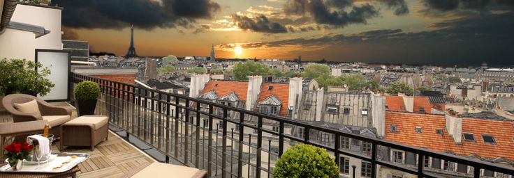 Top 6 Most Romantic Hotels in Paris for Valentine's Day