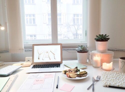 Image via we heart it for Tumblr schreibtisch
