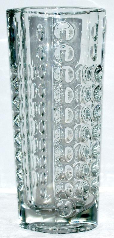 Rudolfova Hut  13142 Vase (large). @designerwallace