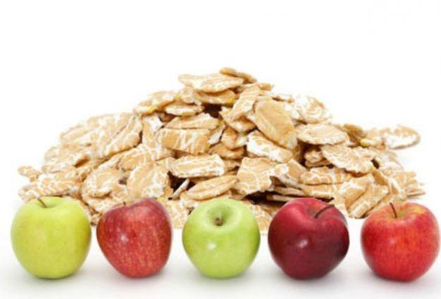 Colesterolo: dieta e alimenti consigliati per abbassarlo