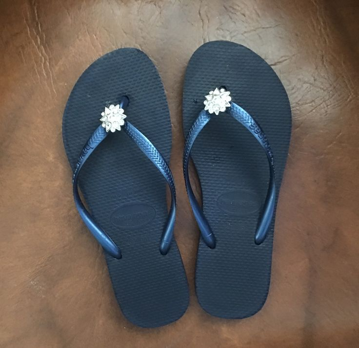 Ladies sz 7 Havaianas Women`s Special Collection Navy Blue Flip Flops Slim Crystal Flower SALE