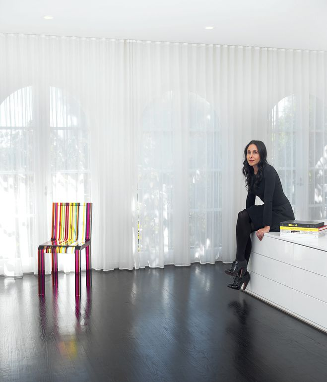 dark floor, sheer curtain | Architect Abigail Turin