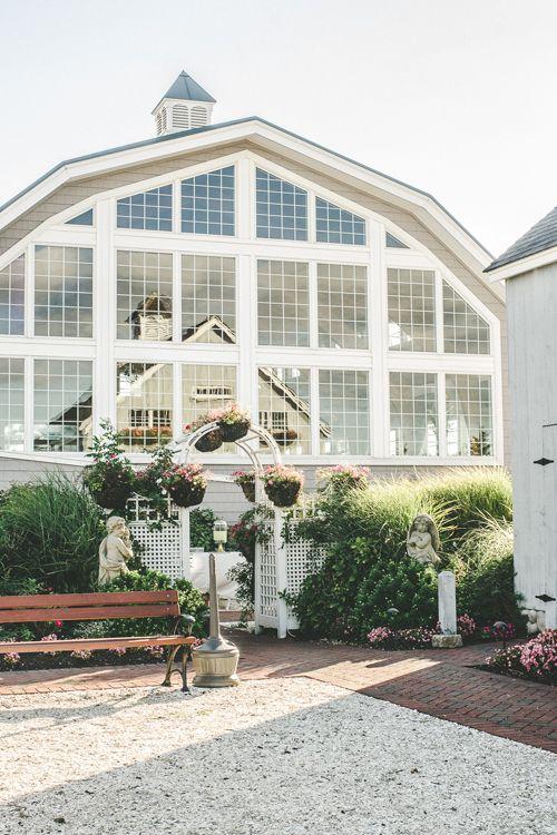 One Couple's Beach Wedding at New Jersey's Bonnet Island Estate
