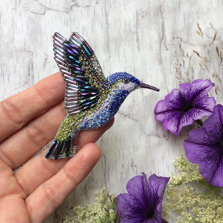 Beaded Hummingbird Pin - Embroidered Hummingbird - Embroidered brooch - Embroidered Hummingbird pin - Bird pin - Colobri pin - Beaded brooch by weaverbirdstore on Etsy https://www.etsy.com/listing/537755101/beaded-hummingbird-pin-embroidered