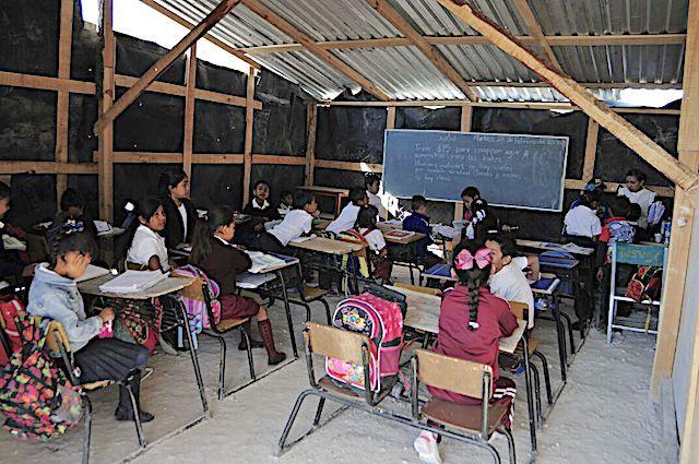 Autoridades educativas abandonan escuela primaria en Chilpancingo - http://www.notimundo.com.mx/inicio/abandonan-escuela-chilpancingo/