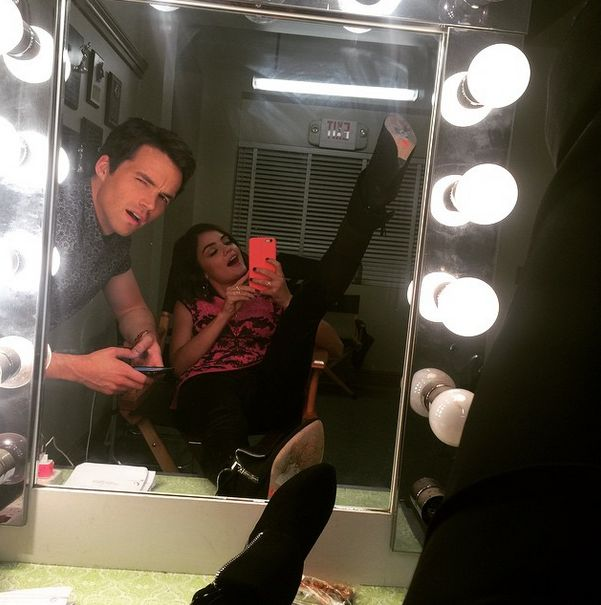 Ian and Lucy on set! | Pretty Little Liars