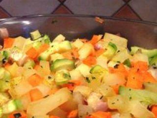 Carottes, courgettes et pommes de terre au curry