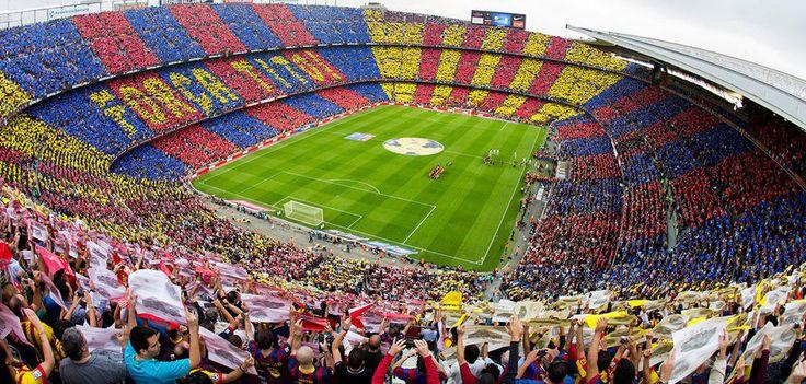 Real Madrid ile Barselona arasında oynanan futbol derbileri (el clasico) ile ilgili istatistiksel veriler ve rekabetin tarihsel nedenleri. Barselona maçına bilet alma hakkında bilgi.