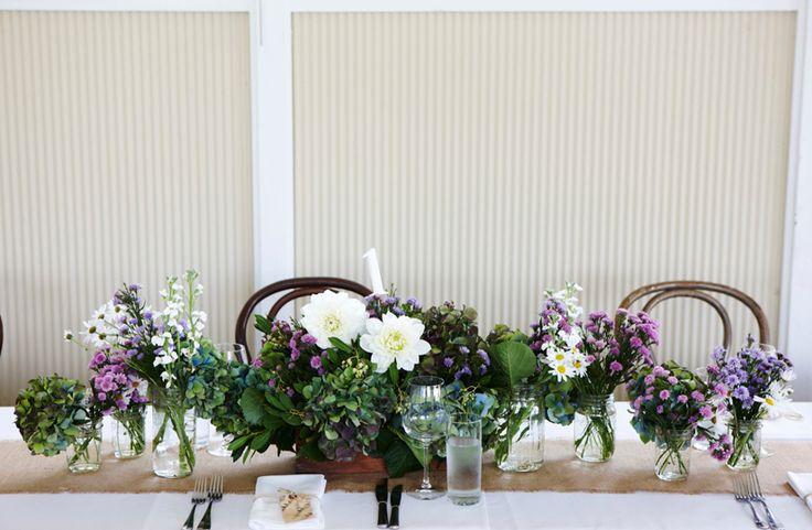 #White #Dahlia #Table #Centre #PohoFlowers #Poho #Flowers #Weddings