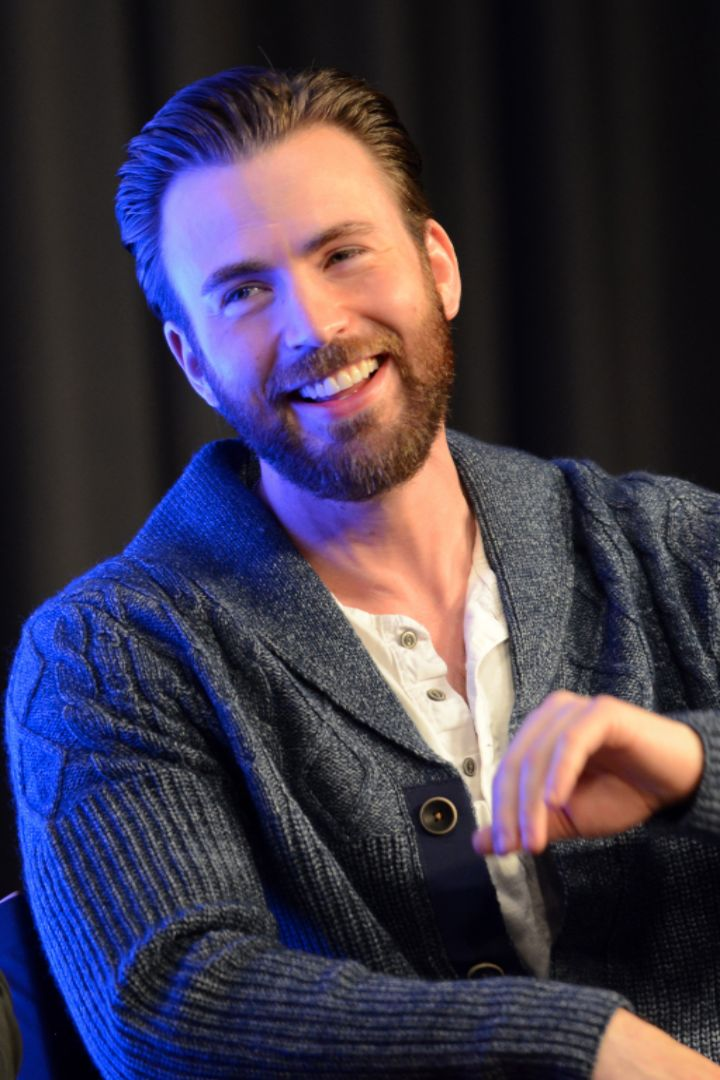 "When Anna Farris asked Chris Evans if he prefers breasts or backsides, the actor laughed and said, ""I'm way more of an ass man, clearly,"" adding, ""I like butts."" #SquatTime"
