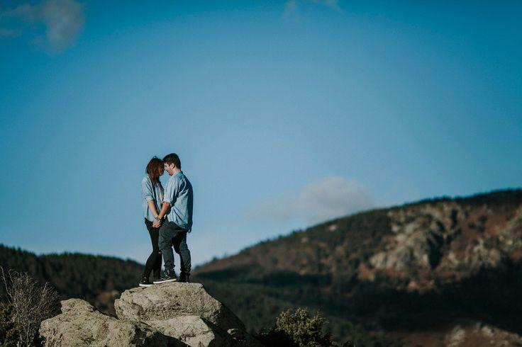elopement-engagement-photographer-greece-011