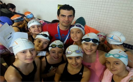 Izmir Yonder learners School Ministry in Small Swimming Competition! Ministry of Education has successfully represented the small school with those of us who learned perseverance and smiling faces in swimming competitions.