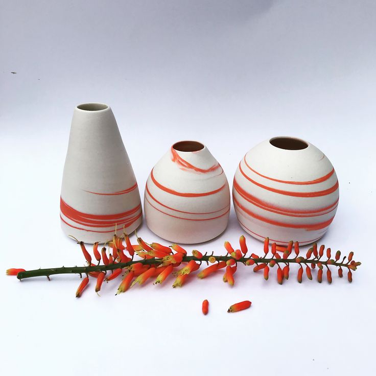 Wheelthrown, porcelain, agateware budvases