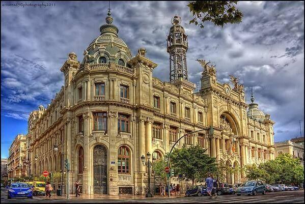 Edificio de correos valencia spain pinterest valencia for Horario oficina de correos valencia