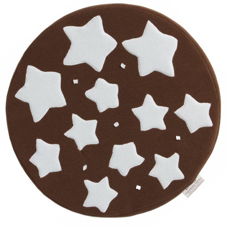 Per una notte piena di stelle e un riposo dolcissimo! Il cuscino biscotto Pandistelle di Carillo Biancheria. http://www.carillobiancheria.it/cuscino-biscotto-pandistelloso-loriginale-l397-p-9305.html