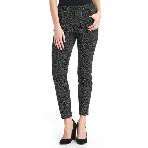 Gap Women Bi Stretch Skinny Ankle Pants ($70) ❤ liked on Polyvore featuring pants, capris, micro floral, regular, flower print pants, skinny leg pants, petite skinny pants, gap trousers and petite pants
