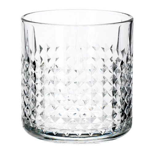 FRASERA Whiskey glass IKEA A large and heavy glass that feels comfortable to hold and has room for several ice cubes to cool your drink.