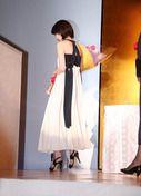 女優の波瑠さんが2日、東京都内で行われた映画やテレビドラマなどで活躍した俳優やプロデューサー、作品を表彰する「第41回エランドール賞」の授賞式に登場した。同賞...