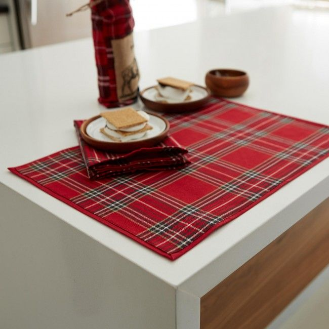 Seat your guests down to Harman Christmas Tartan Cotton Placemats. Featuring the standard Scottish tartan red plaid, this traditional decor staple is sure to impress family & friends this season.