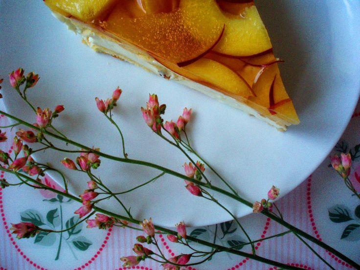 sama złodycz: Sernik na zimno z orzechami włoskimi i brzoskwiniami