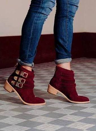 Shoe, slipper, sandal                                                                                                                                                                                 Más