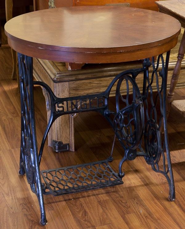 of via woodantique tables salvaged com sewing blogspot time into side knickoftimeinteriors table machine antique rustic knick
