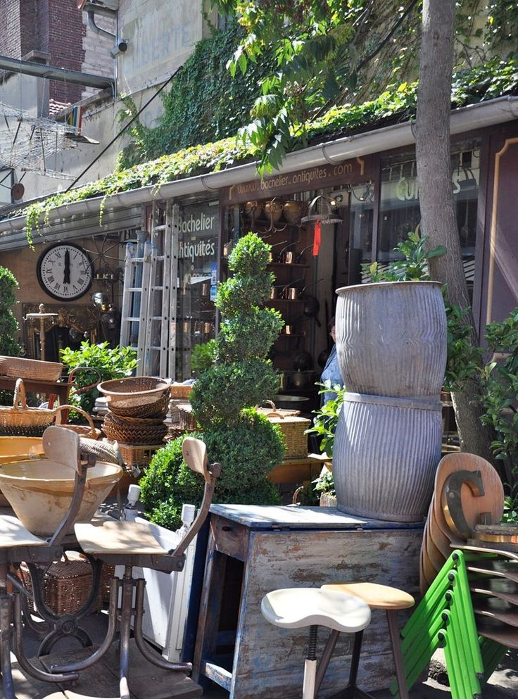 Paris Flea Market.  I could live there.