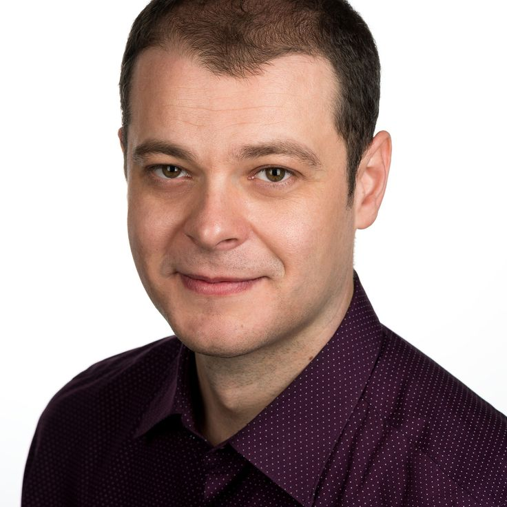 Flaviu Paul Buciuman - IT Engineer - headshot, business portrait